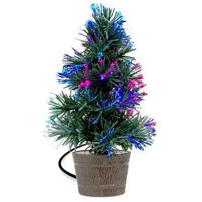 rase una vez que se era como todas las cosas que han existido y existirn un rbol de navidad que se declar en rebelda y ret al calendario