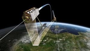 Los satélites TanDEM-X y TerraSAR-X durante su vuelo. Créditos: DLR.