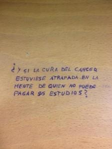 http://caligrafiasurbanas.blogspot.com/2013/01/y-si-la-cura-del-cancer-estuviese.html